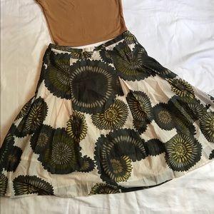 BCBG MAXARIA pleated flow skirt sz 4 Medium floral